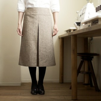 FAB #027 ヘリンボーンのボックスプリーツスカート