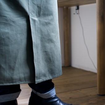 もしもミシンが使えたら。。。#014 クラフツマンエプロン(前中心を縫い、ベンツをつくるの巻)