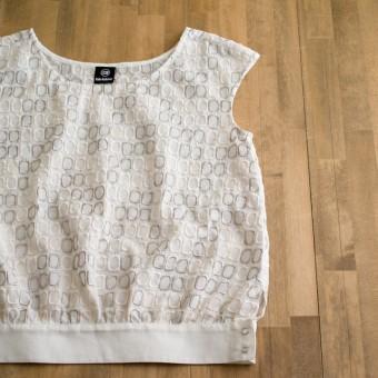 FAB #066 刺繍ボイルのフレンチスリーブブラウス(布地から考えるデザイン)