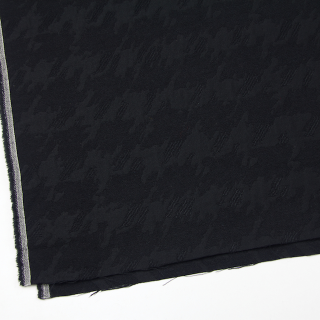 ウール×幾何学模様(ブラック)×風通織ジャガード