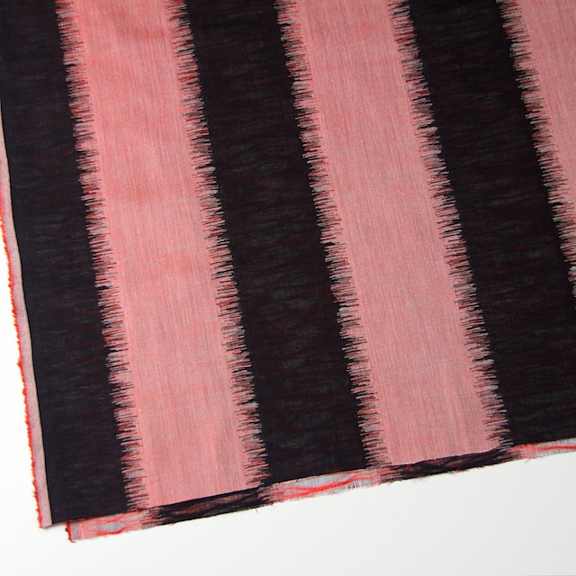 二重織ジャガードのストールキット(レッド&ブラック) イメージ4