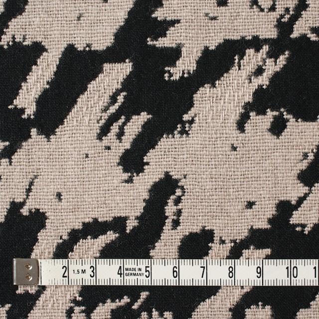 ウール×幾何学模様(グレイッシュベージュ&ブラック)×風通織ジャガード イメージ4