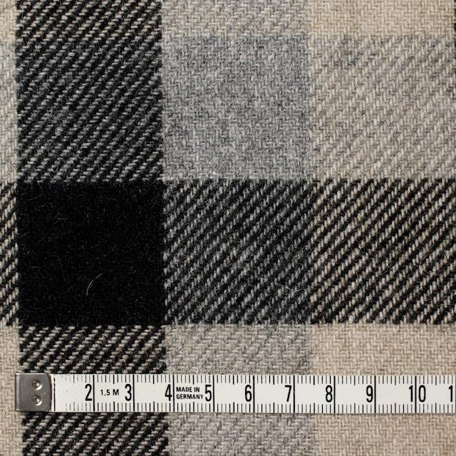 ウール×チェック(グレー&ブラック)×サキソニー イメージ4