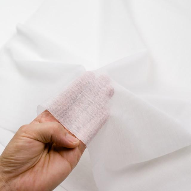 アピコ接着芯(中厚地)_ポリエステル&アクリル(オフホワイト)_ウール素材の襟、見返し等に_全2色 イメージ3