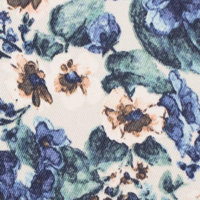 コットン&ポリウレタン×フラワー(ベージュ&ブルー)×チノクロス・ストレッチ イメージ1
