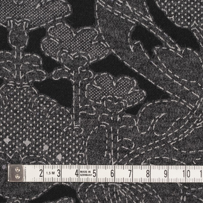 ポリエステル&レーヨン混×フラワー(チャコールグレー&ブラック)×ジャガード天竺ニット イメージ4