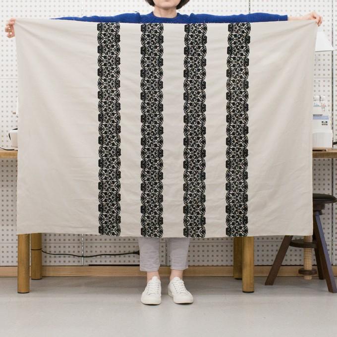 コットン×幾何学模様(アイボリー&ブラック)×かわり織刺繍_全3色 イメージ6