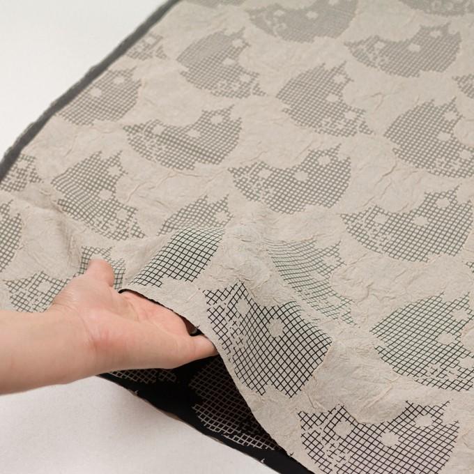 レーヨン&アセテート×幾何学模様(バニラ&ブラック)×風通織 イメージ5