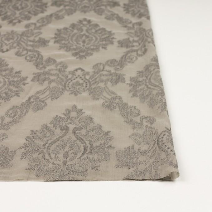 ポリエステル×幾何学模様(カーキグレー)×ジョーゼット刺繍 イメージ3