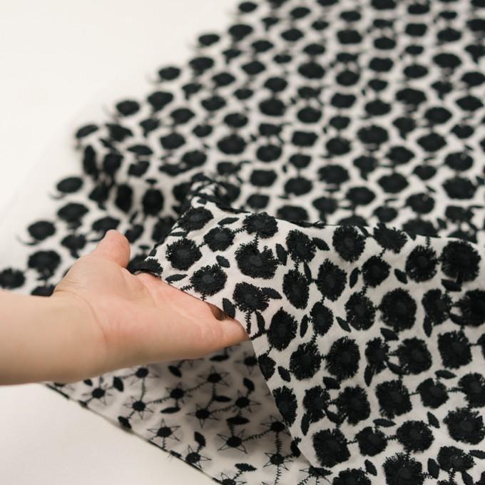 コットン×フラワー(ブラック&ホワイト)×ボイル刺繍 イメージ5