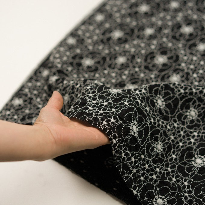 コットン×フラワー(ブラック&ホワイト)×ローン・シャーリング刺繍_全3色 イメージ5