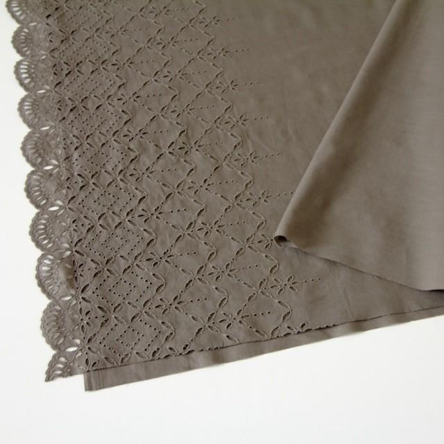 コットン×ボーダー(カーキブラウン)×ローン刺繍No2_全4色 イメージ2