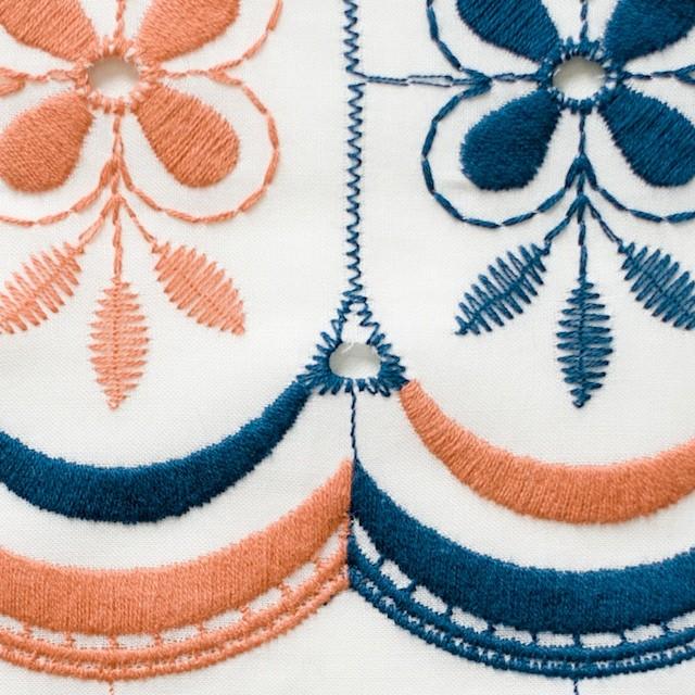 コットン×フラワー(ホワイト)×ローン刺繍_全2色 イメージ1