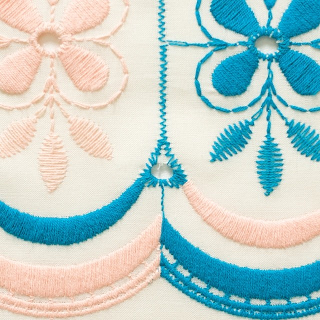 コットン×フラワー(キナリ)×ローン刺繍_全2色 イメージ1