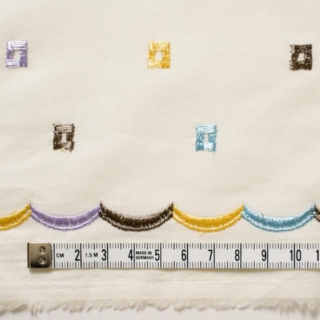 コットン&シルク×幾何学模様(アイボリー)×ブロード刺繍_全3色 イメージ4