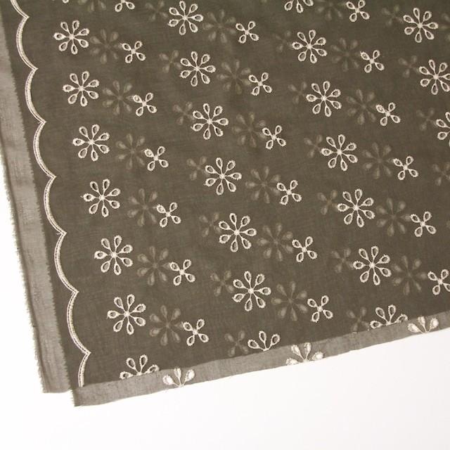 ポリエステル×フラワー(カーキグリーン)×ボイル刺繍(着分)_全3色 イメージ2