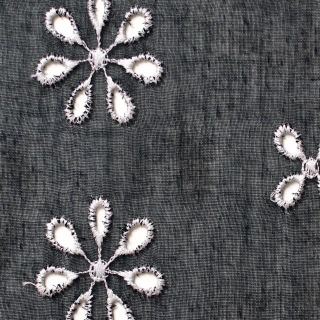 ポリエステル×フラワー(ブラック)×ボイル刺繍(着分)_全3色 イメージ1