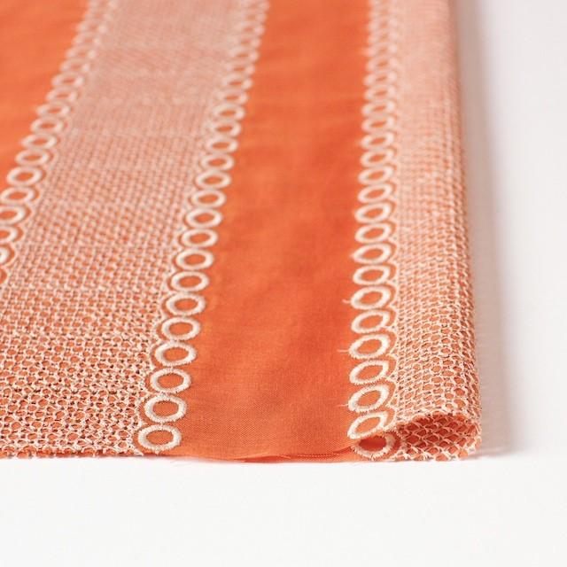 ポリエステル×コラム(オレンジ)×ボイル刺繍(着分)_全3色 イメージ3