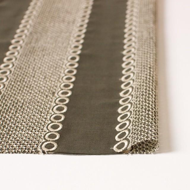 ポリエステル×コラム(カーキグリーン)×ボイル刺繍(着分)_全3色 イメージ3