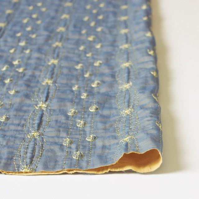 ポリエステル×幾何学模様(アクアブルー)×オーガンジー&ニット刺繍(着分) イメージ3