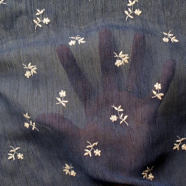 ポリエステル×フラワー(グレイッシュブルー)×メッシュ刺繍(着分) イメージ4
