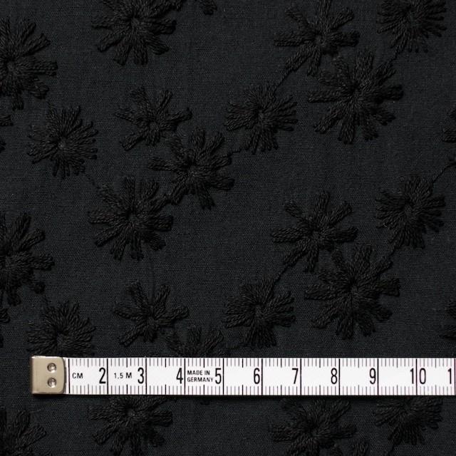 コットン×フラワー(ブラック)×シーチング刺繍(着分) イメージ4
