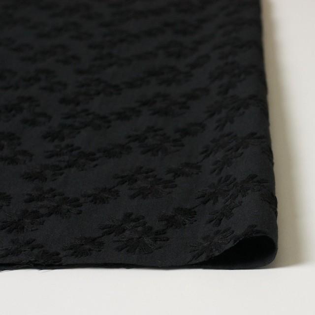 コットン×フラワー(ブラック)×シーチング刺繍(着分) イメージ3
