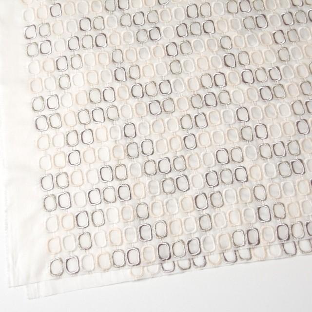 コットン×スクエア(オフホワイト)×ボイル刺繍_全2色 イメージ2