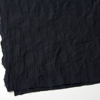 レーヨン&ナイロン混×幾何学模様(ブラック)×タテタック サムネイル2