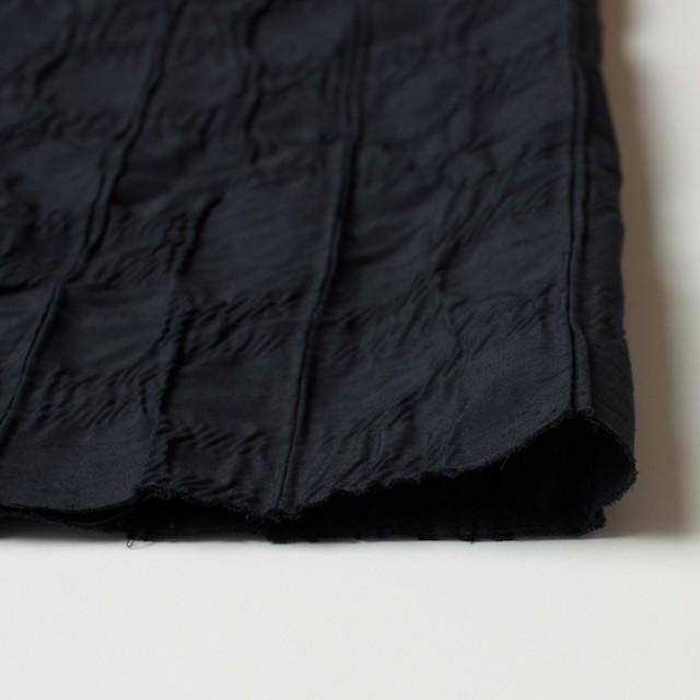 レーヨン&ナイロン混×幾何学模様(ブラック)×タテタック イメージ3