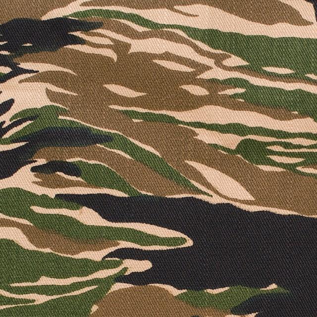 コットン×迷彩(グリーン&ブラック)×薄チノクロス イメージ1
