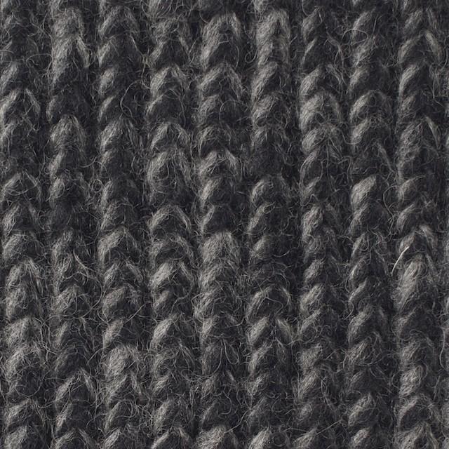 ウール&ポリエステル×無地(チャコール)×リブ編みニット_全2色 イメージ1
