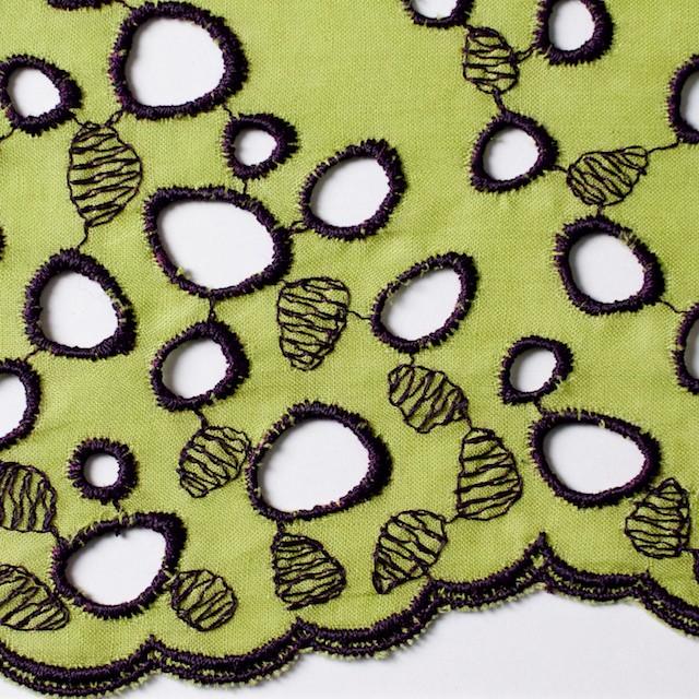コットン×幾何学模様(イエローグリーン&パープル)×ボイル刺繍_全2色 イメージ1