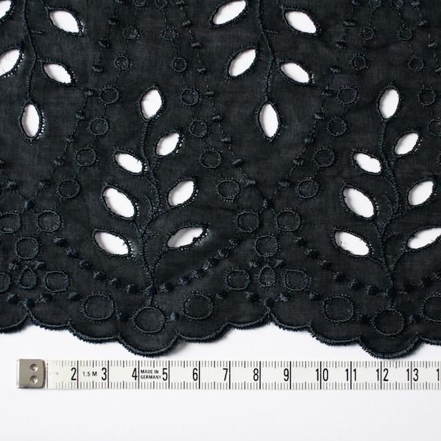 コットン×幾何学模様(ブラック)×ボイルワッシャー刺繍 イメージ4
