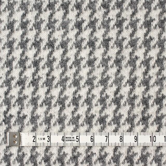 ウール&アンゴラ×チェック(グレー)×ジャガードニット イメージ4