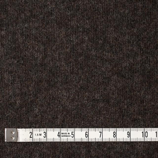ウール&ナイロン×無地(アッシュブラウン)×圧縮ニット イメージ4