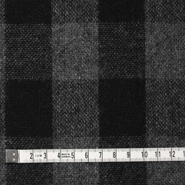 ウール&ポリエステル混×チェック(グレー&ブラック)×Wフェイスツイード イメージ4