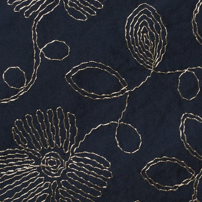 ポリエステル×フラワー(ダークネイビー)×タフタ刺繍 イメージ1