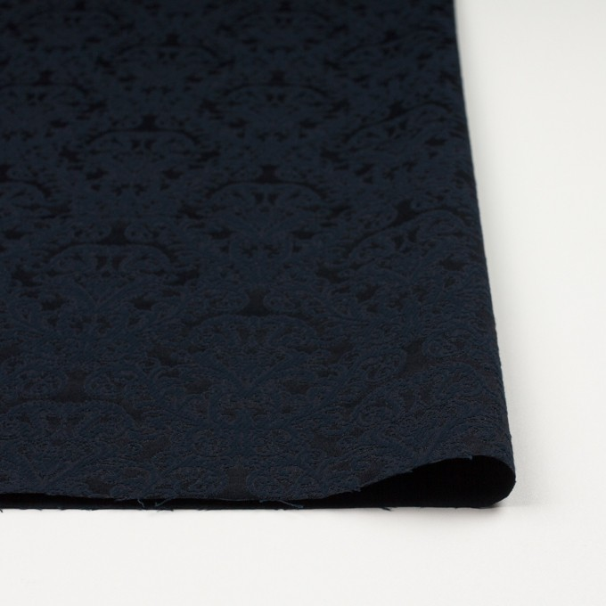 コットン&ポリエステル×幾何学模様(ブルーブラック)×サテンジャガード イメージ3