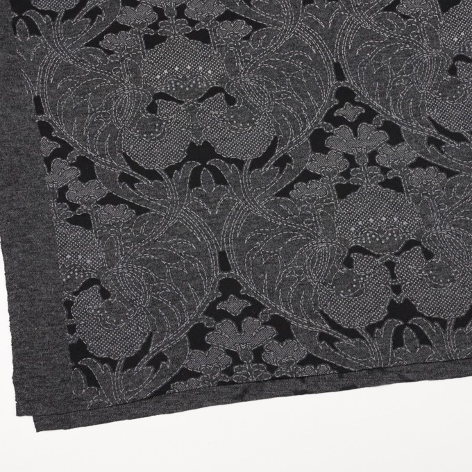 ポリエステル&レーヨン混×フラワー(チャコールグレー&ブラック)×ジャガード天竺ニット イメージ2