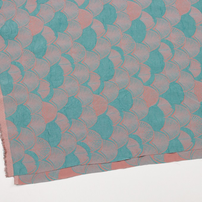 レーヨン&アセテート×幾何学模様(エメラルド&コーラル)×風通織_全3色 イメージ2