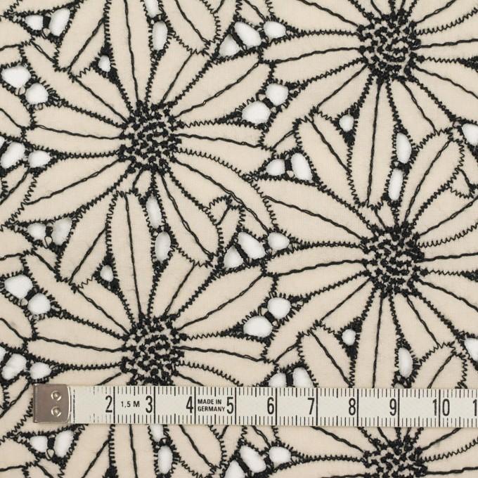 コットン×フラワー(キナリ&ブラック)×ローン刺繍 イメージ4