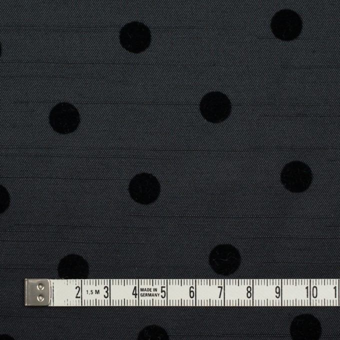ポリエステル×水玉(ブラック)×サージ_フロッキー イメージ4