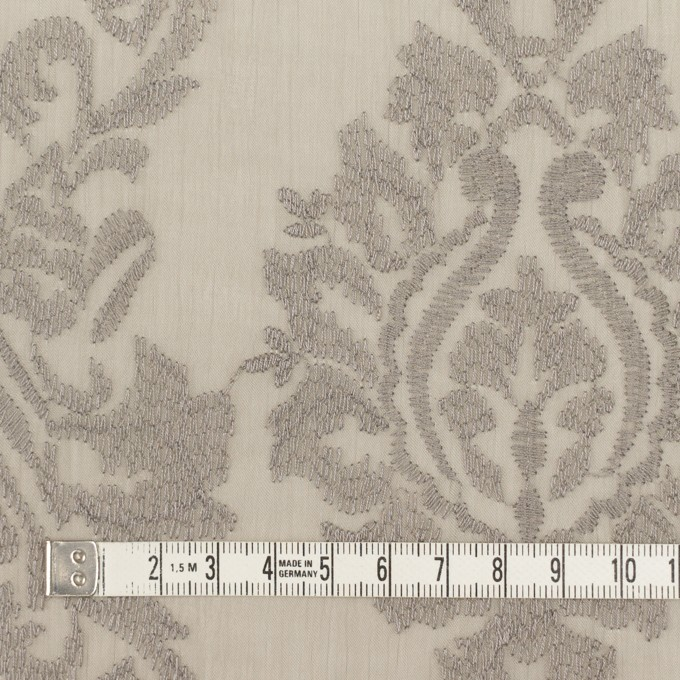 ポリエステル×幾何学模様(カーキグレー)×ジョーゼット刺繍 イメージ4