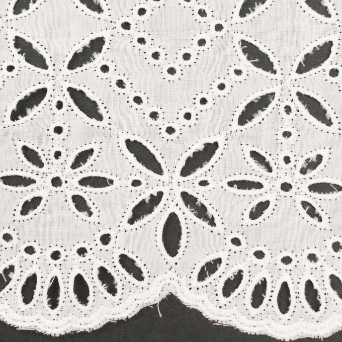コットン×ボーダー(オフホワイト)×ローン刺繍No2_全4色 イメージ1