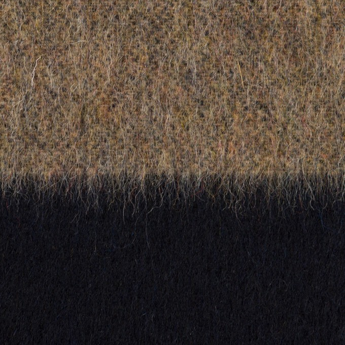 ウール&ポリエステル混×ボーダー(ベージュ&ネイビー)×シャギー イメージ1