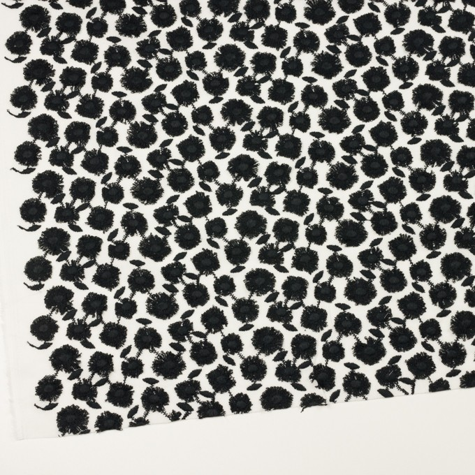 コットン×フラワー(ブラック&ホワイト)×ボイル刺繍 イメージ2