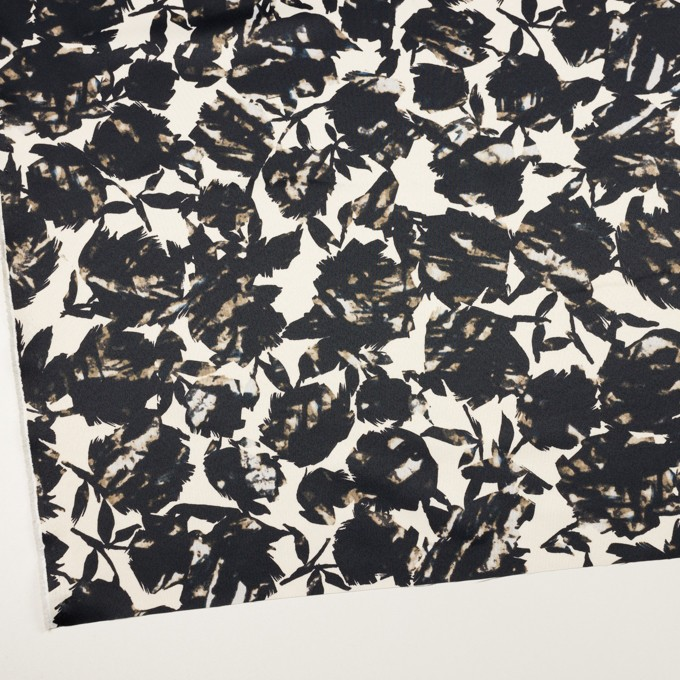 ポリエステル×幾何学模様(キナリ&ブラック)×サテン イメージ2
