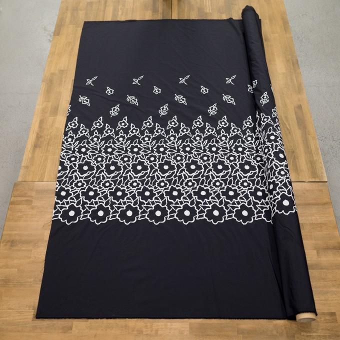 ポリエステル×フラワー(ブラック&ホワイト)×タフタ刺繍 イメージ6