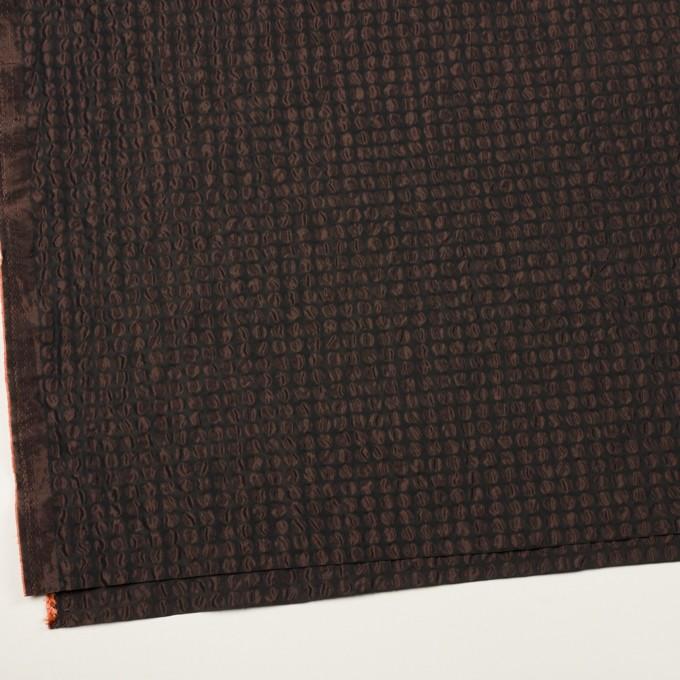 ポリエステル×サークル(アプリコット&ブラック)×シャンブレータフタ_塩縮加工 イメージ2